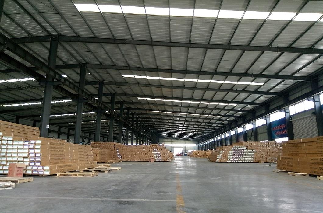 aluminum spacer bar warehouse2.jpg
